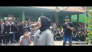 Video Sabyan at Pelepasan Kelas XII MAN 1 BEKASI #Video 2 (Full Perform) MP3, 3GP, MP4, WEBM, AVI, FLV Agustus 2018
