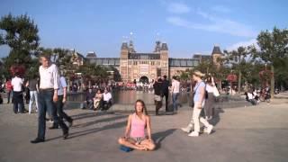 Meditation Timelapse in Amsterdam Museum Parc  - Ananda Shakti