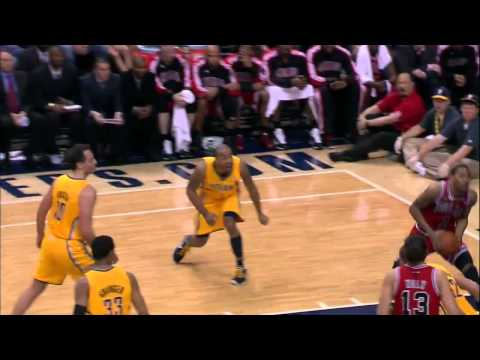 Derrick Rose Dunks On Pacers