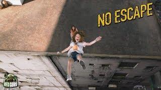Nonton No Escape  2015    Rooftop Scene Film Subtitle Indonesia Streaming Movie Download