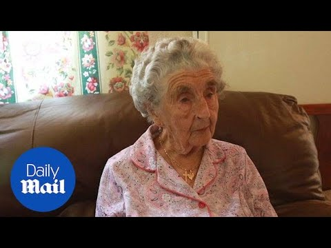 Great-grandmother celebrates 100th birthday in house she was born in