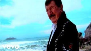 video y letra de Por esta Cruz por German Lizárraga y su banda estrellas de Sinaloa