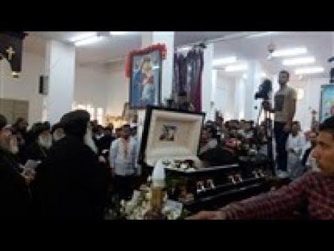 صدى البلد | محافظ أسيوط يشارك في صلوات جنازة الأنبا أنطونيوس