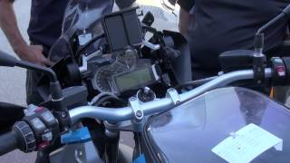 8. 2013 BMW R 1200 GS Technical Guide - How to operate the functions on the R 1200 GS