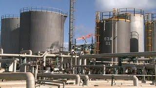 Nueva tendencia a la baja del petróleo ante los anuncios de menor demanda mundial