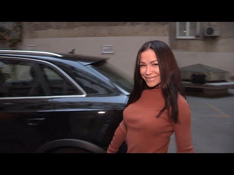 Aleksandra Mladenović provozala nas je NOVIM BESNIM AUTOM, priznala odakle joj i otkrila...