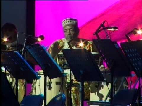 Pasquale Bardaro- Famoudou Don Moye Pomigliano Jazz 2008