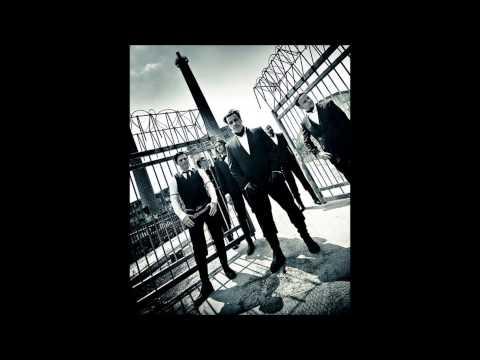 Tekst piosenki Rammstein - Augen zu po polsku