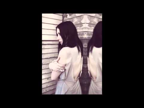 Chelsea Wolfe - We Hit A Wall lyrics