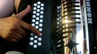 Video 500 balazos voz de mando comandos de mp instruccional tutorial acordeon de botones slow MP3, 3GP, MP4, WEBM, AVI, FLV Juni 2018