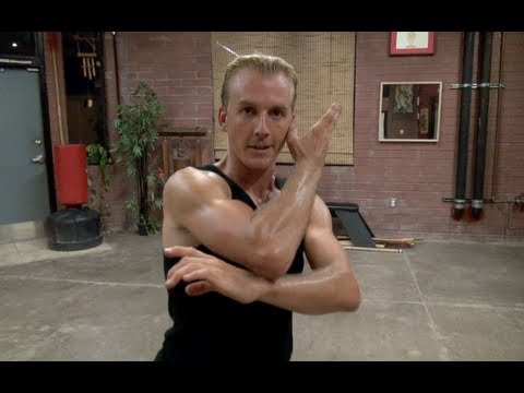Kung Fu 10 Sparring Moves - White Sash (видео)
