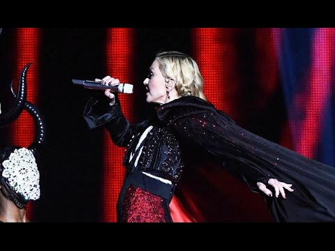 Madonna Fall Brit Awards 2015 During Performance