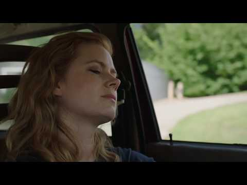 Amy Adams driving in Sharp Objects