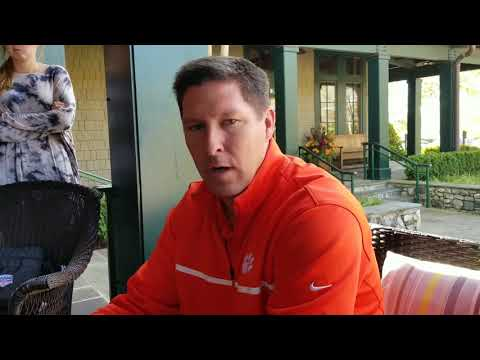 Brad Brownell talks to writers about season