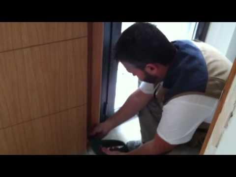 Como instalar una puerta en block