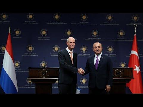 Τσαβούσογλου για ΠΓΔΜ: «ΕΕ και ΝΑΤΟ να μην κάνουν πίσω στη συνεργασία» …