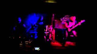 Video Pocta rozčilenému důchodci na metalovém koncertě
