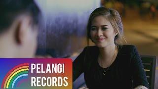 Pop - Teguh Permana - Tak Bisa Menggantimu (Official Music Video)