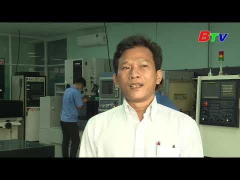 Phóng sự của BTV về trường Cao đẳng nghề Việt Nam - Singapore