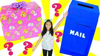Giant Present  Fan Mail Mystery SURPRISE TOY BOX SWAP Swap Box Disney Toys To See Tiana HeartsTiana did a fun spring mystery swap box with NJ's Toy Box.  The toys were wrapped up as presents and had riddles on them. Make sure to tell NJ's ToyBox we sent you AND don't forget to wave!NJ's ToyBoxhttps://www.youtube.com/channel/UCs4MZeLD95DsHyQ9SrUnv4wCheck out my other Box Swap I did with Toys and Me:https://www.youtube.com/watch?v=0kyPaCgbPRsSpring Mystery Box Swaps!https://www.youtube.com/playlist?list...Tiana had to guess what they were before opening the presents.  What a great surprise.  Inside were toys that Tiana loves like Shopkins playset, Shoppie doll, Disney Beauty and the Beast accessories, Shimmer and Shine Teenie Genies.❤❤❤Social Media❤❤❤♥ Please Subscribe! https://www.youtube.com/c/tianahearts♥ My Twitter: http://twitter.com/TianaHearts♥ My Instagram: http://instagram.com/TianaHearts~~~~~~~~~~~~~~~~~~~~~~~~~~~~~~~~~~~~~~~~~~~~Hi!! Welcome to my channel, my name is Tiana (TT). Mommy and I make videos on stuff that we love and enjoying doing. Here you will find DIY's, toy reviews, vlogs, playing with toys etc..This Channel is family and kid friendly :) Please don't forget to subscribe so you'll know when a new video is posted. If you have any video suggestions let me know :) Thank you for your support  xoxox Tiana & Mommy HeartsToy in other Languages: खिलौने, brinquedos, ของเล่น, اللعب, igračke, đồ chơi, oyuncaklar, leksaker, juguetes, играчке, игрушки, jucării, тоглоом, leker, اسباب بازی, zabawki, 장난감, トイズ, giocattoli, mainan, játékok, צעצועים, Hračky, legetøj, speelgoed, laruan, jouets, Spielzeug, ΠαιχνίδιαMusic is Royalty Free : https://www.audioblocks.com/stock-audio/kids-having-fun.htmlhttp://www.bensound.com/royalty-free-musicKlonkey DonkeyThe Happy SongCuriousArtist: Nicolai Heidlas