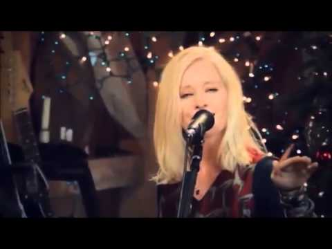 Shelby Lynn 'Bend'  Live From Daryl's House