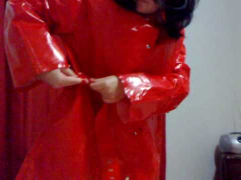 Rainweargirl - We recently got this lovely Cocoon PVC raincoat for a good friend in the UK. There are a few pictures of me in this raincoat on my blog. Here is the video of...