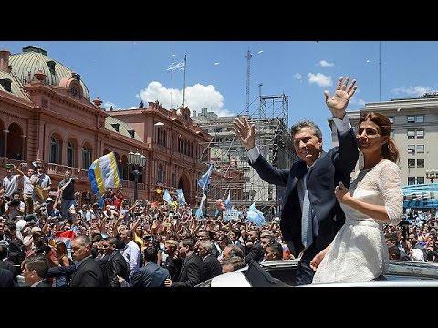 Αργεντινή: Πανηγυρισμοί και αντιδράσεις για τον νέο κεντροδεξιό πρόεδρο