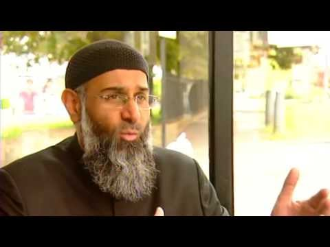 debate - Woolwich attack: Controversial Muslim cleric Anjem Choudray speaks out after protests over the brutal killing of a soldier. Report by Ashley Fudge. Subscribe...