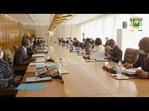 Le Président de la République, Alassane OUATTARA, a présidé le Conseil des Ministres ce mercredi