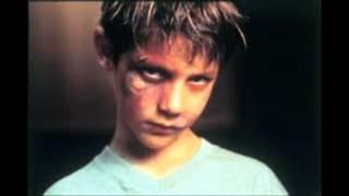 Court métrage maltraitance infantile - YouTube