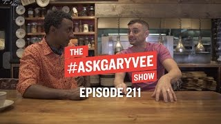 Download Lagu Marcus Samuelsson, Restaurant Marketing & Trends in Food | #AskGaryVee Episode 211 Mp3