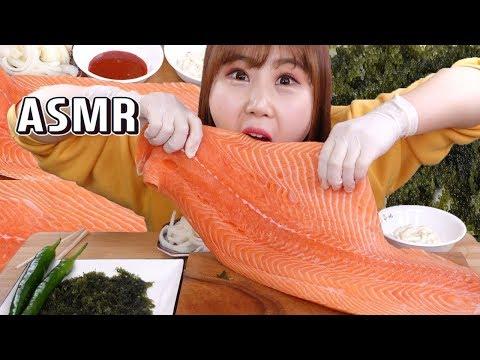 ASMR|연어는 한입 듬뿍 먹어야 제맛이죠!! 연어회 먹방, 연어초밥, 바다포도 asmr, 리얼사운드 - Thời lượng: 9 phút, 31 giây.