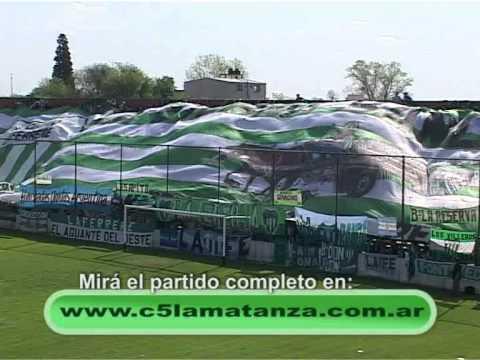 LA ETERNA BANDA VILLERA Y SU TRAPO - DEPORTIVO LAFERRERE vs LUJÁN.avi - La Barra de Laferrere 79 - Deportivo Laferrere