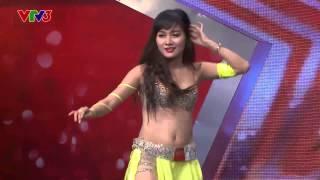 """Vietnam's Got Talent 2014 - Tiết mục múa bụng khiến BGK Huy Tuấn """"ngã gục"""" - TẬP 2 - Trịnh Huyền"""