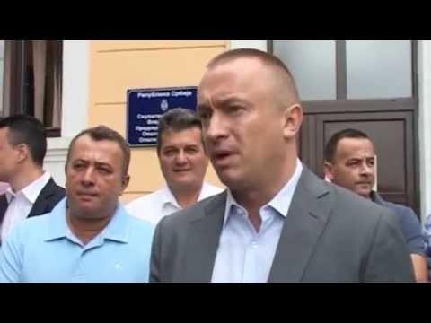 СНС у Владимирцима крши Устав и остаје силом на власти