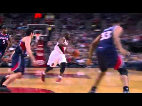 Raymond Felton's No Look pass to Gerald Wallace