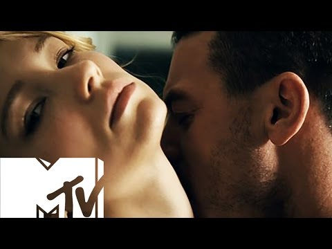 The Girl On The Train | Steamy Sex Scene BEHIND THE SCENES | MTV Movies