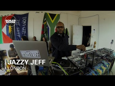 set - FOR AUDIO: http://bit.ly/1rj5Bw9 → SUBSCRIBE TO BOILER ROOM: *http://bit.ly/1bkrHWL* Probably one of the most important DJ's out there...there's always sur...