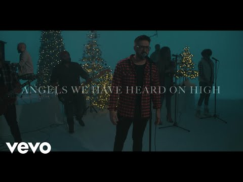 Danny Gokey - Angels We Have Heard On High (Lyric Video)