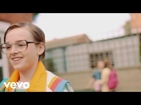 Scouting for girls - Love How it Hurts lyrics