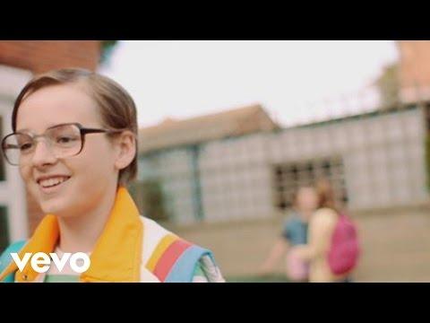 Tekst piosenki Scouting for girls - Love How it Hurts po polsku