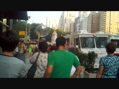 Mister Softee man vs Softy Cream man in STREET BRAWL over NY Parking spot
