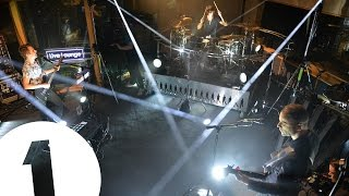 Video Muse cover Lies by Chvrches in the Live Lounge MP3, 3GP, MP4, WEBM, AVI, FLV November 2017