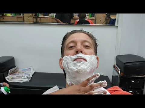 2am $10 Straight Razor Shave In Queens Nyc By Mohammad At Desh Bidesh Barber Shop