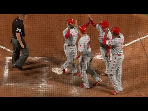 Video: PHI@ATL: Rollins smashes a grand slam to left field