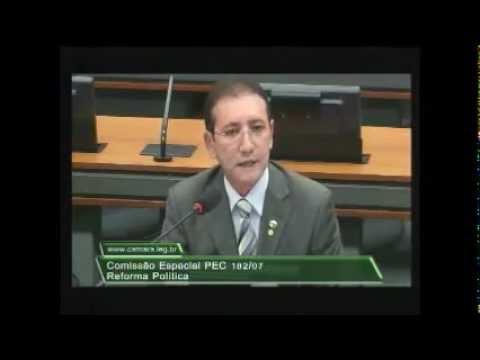 Deputado Adail Carneiro participa de debate sobre Reforma Política