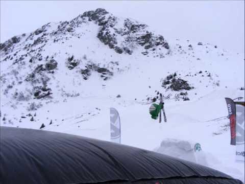 Jacob Dixon age 9 freestyle skiing (видео)