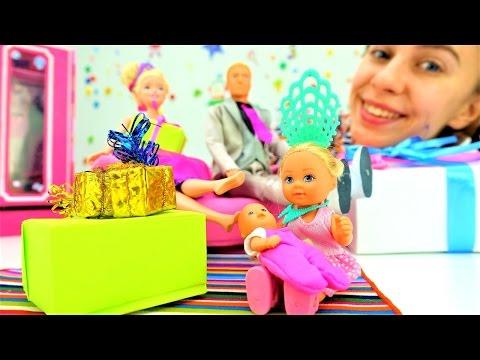 Куклы и игрушки для девочек: Барби и подарки на новый год. Новогодние видео про игрушки на ютуб (видео)