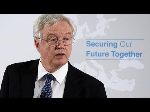 Βρετανία: Παραιτήθηκαν υπουργός και υφυπουργός Brexit!