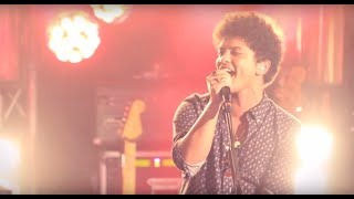 Video Bruno Mars - Locked out of Heaven [Live in Paris] MP3, 3GP, MP4, WEBM, AVI, FLV Oktober 2018